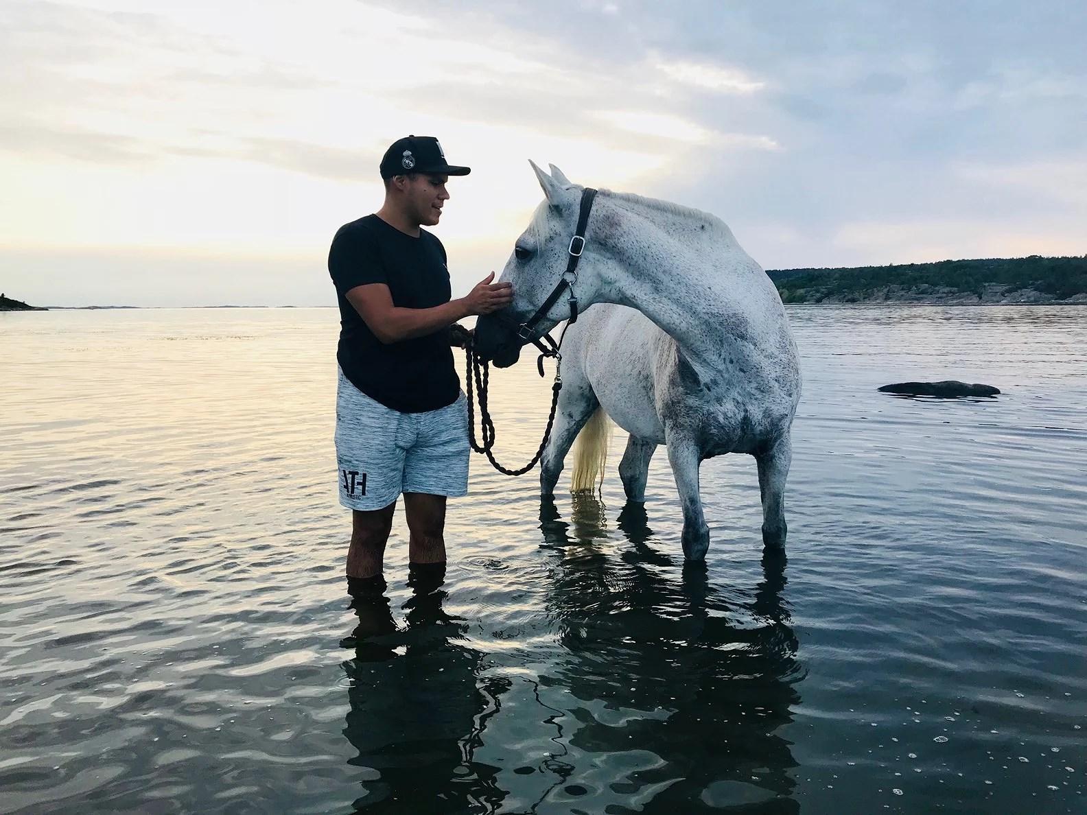 Idag plaskade vi i vattnet!