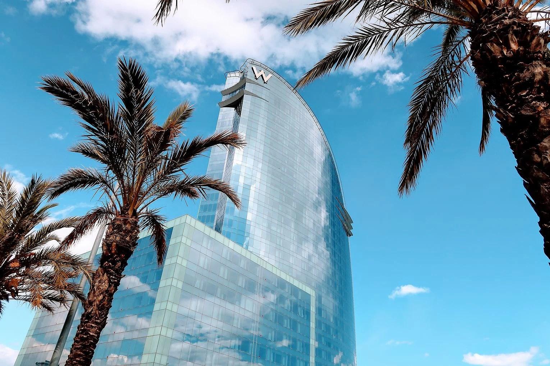 W - Barcelona