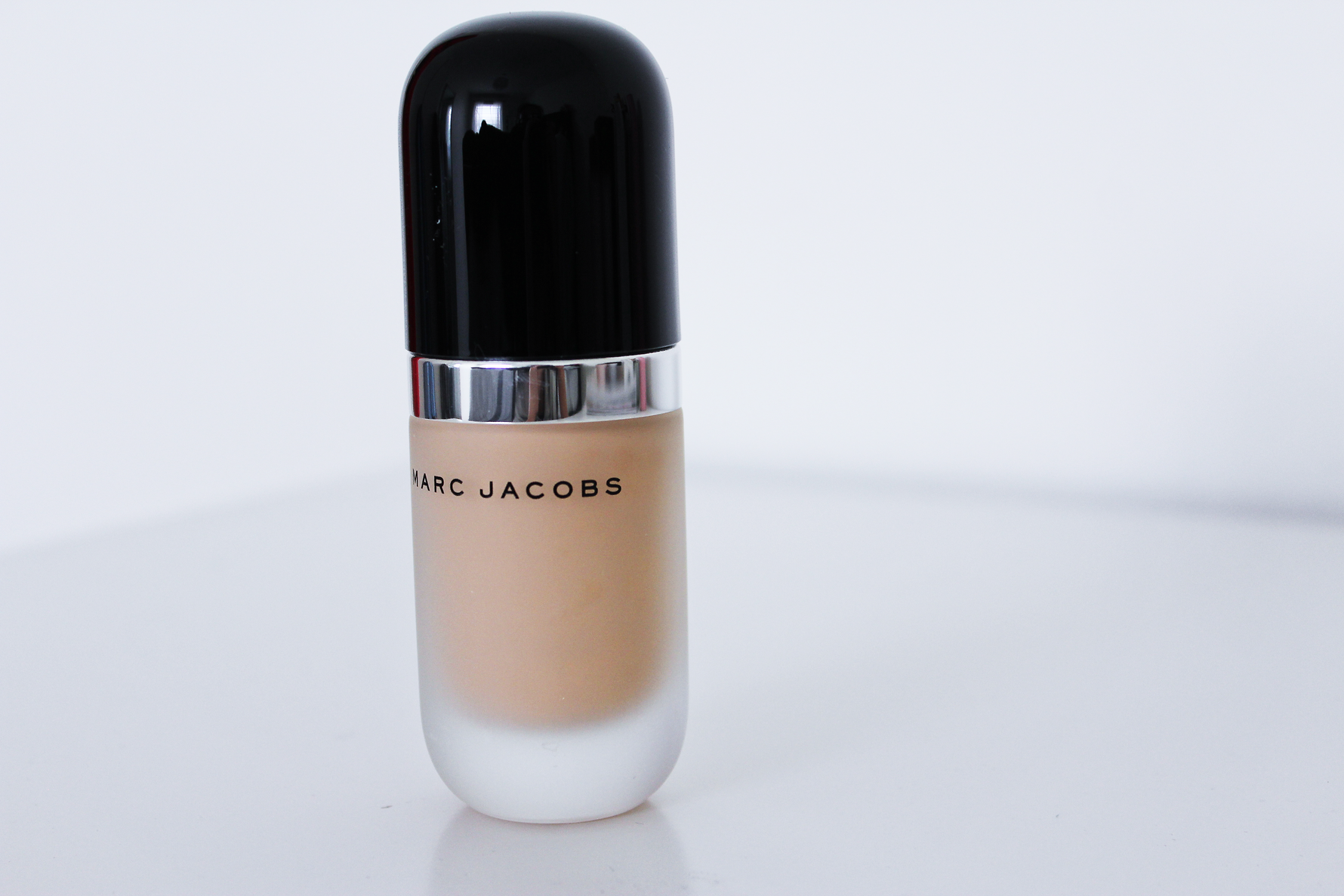 Marc jacobs remarcable foundation review