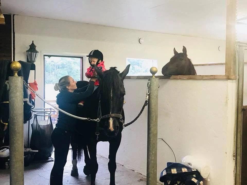 Olivia ♡ hästarna