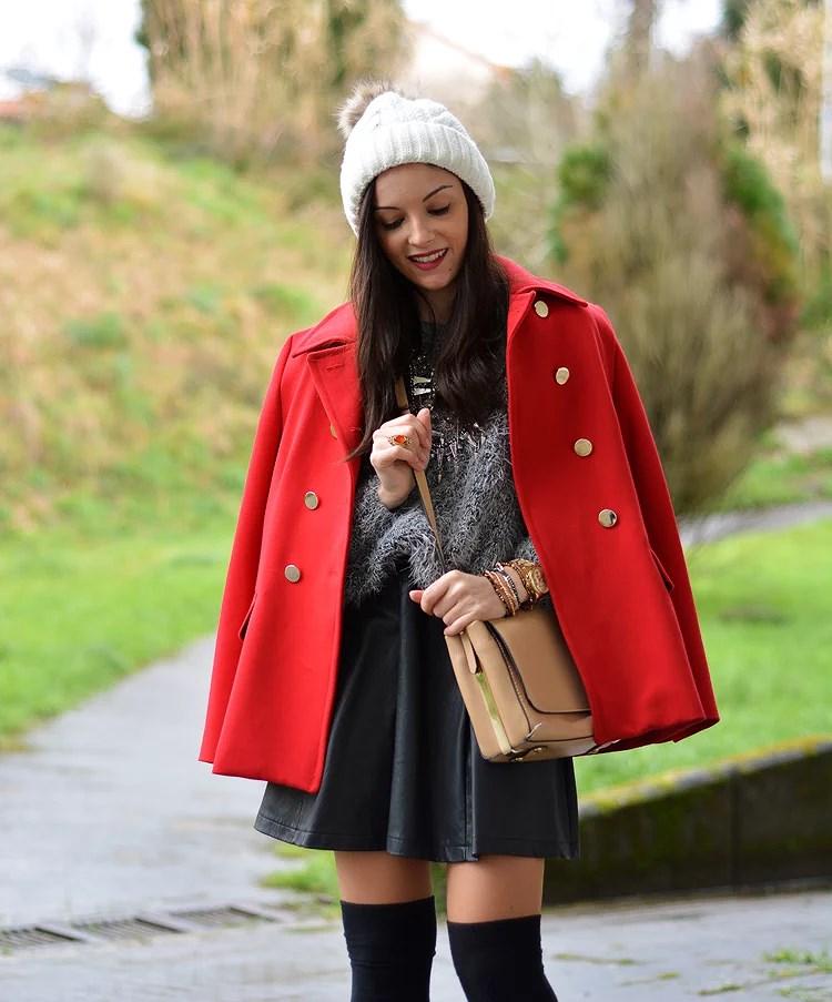 zara_beanie_ootd_red-coat_sheinside_botines_falda-cuero_06