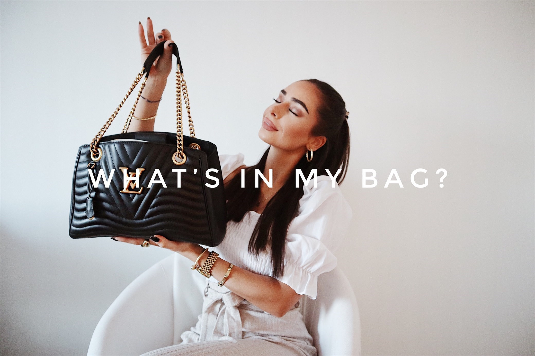 VIDEO: WHAT'S IN MY BAG