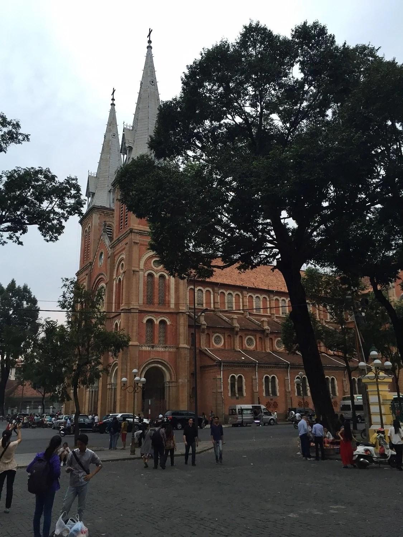 """katedralen, som også er et """"must see"""" ligger lige ved siden af posthuset."""