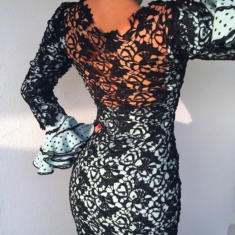 Una espalda preciosa con este diseño. Elegancia es lo que define este modelo.