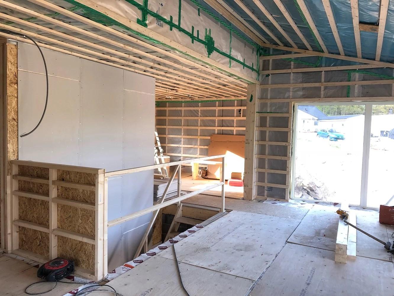 Inte bara en dans på rosor att bygga hus