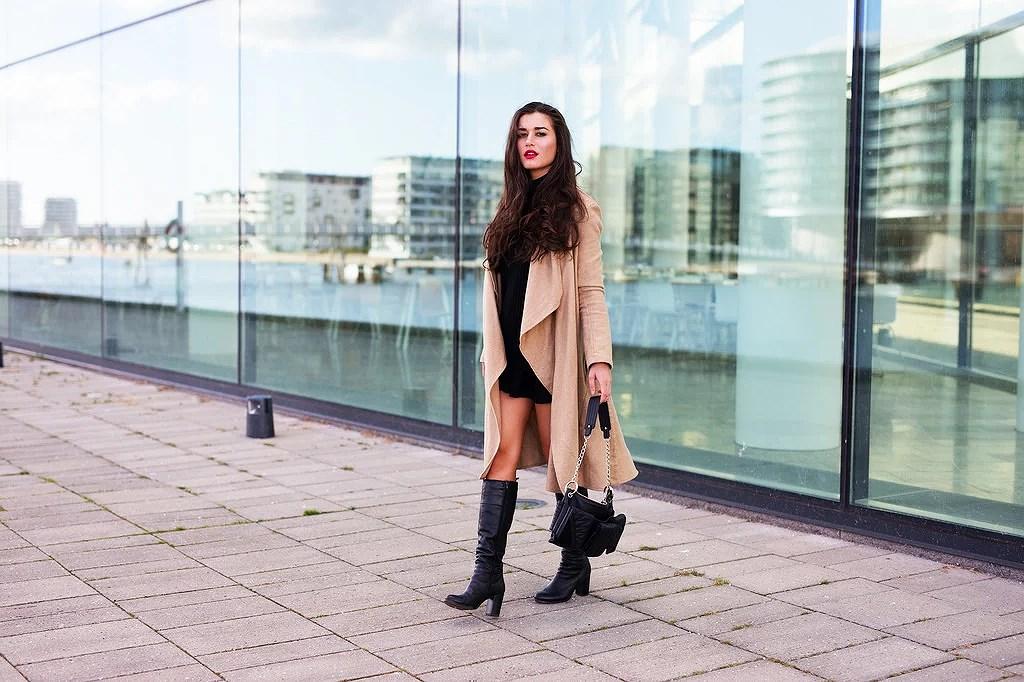 camel-coat-boots0