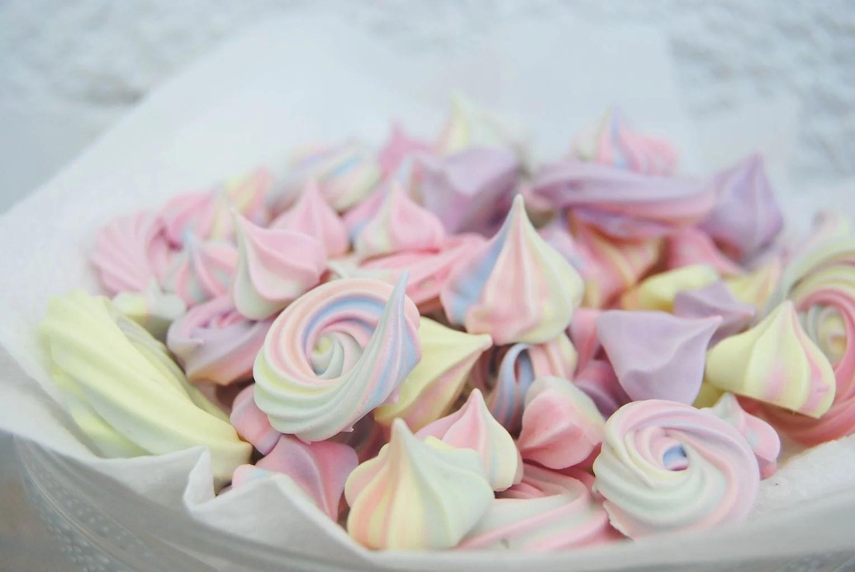 Some more happy meringues