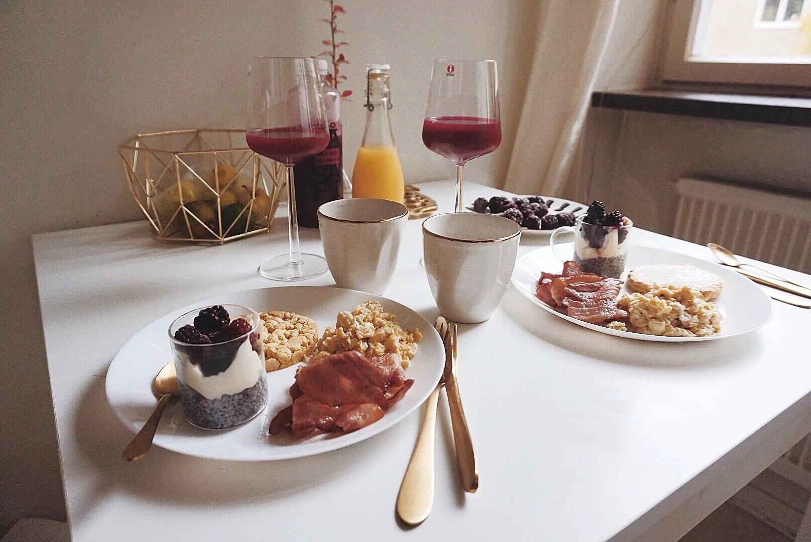 Lördagens Frukost