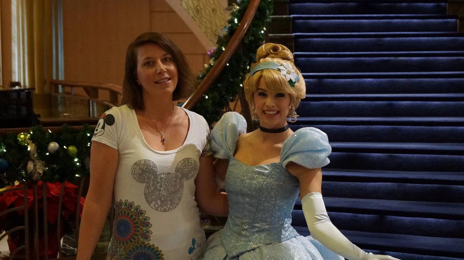Disney Characters på Disneys hotell på Disneyland Paris