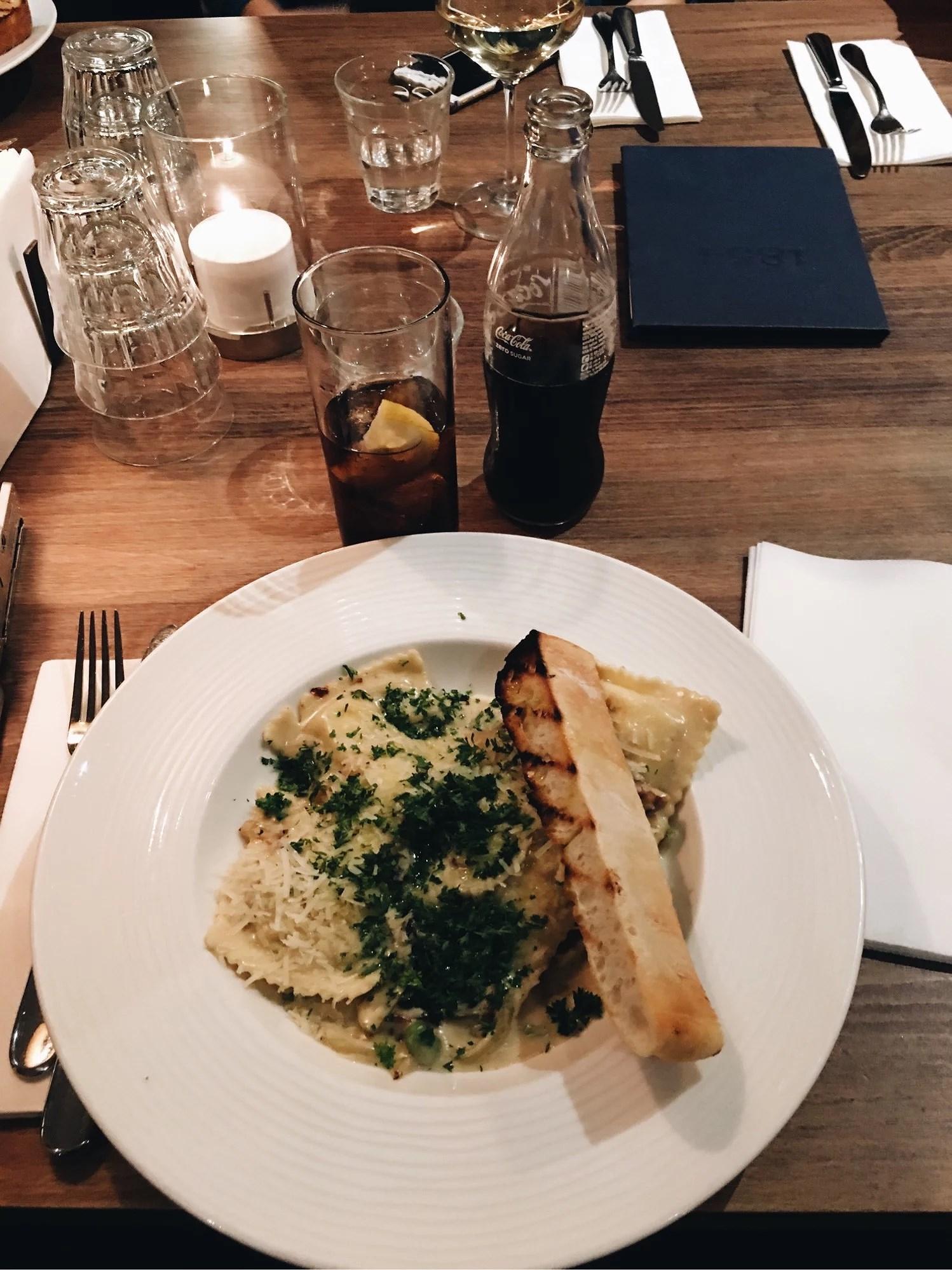 Birthday dinner och bokrelease