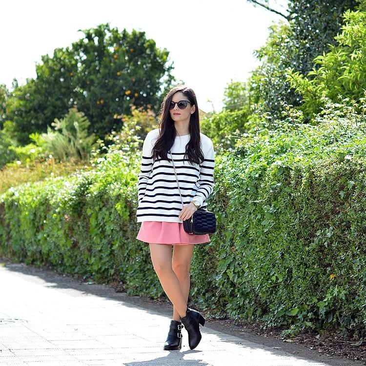 zara_ootd_outfot_navy_stripes_shorts_botas_como_combinar_08