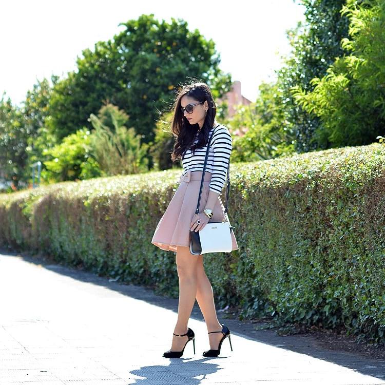 zara_chicwish_ootd_outfit_como_combinar_stripes_falda_08