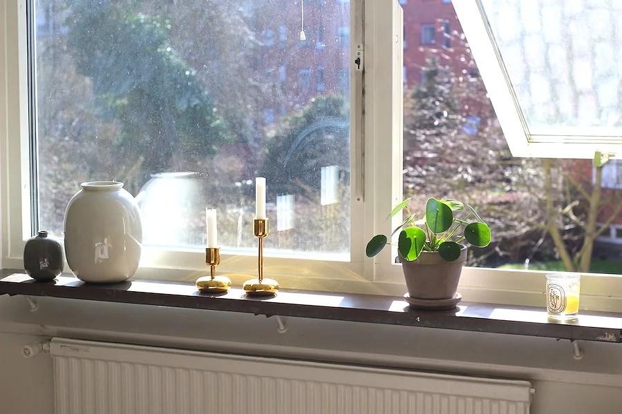 möblera fönstret