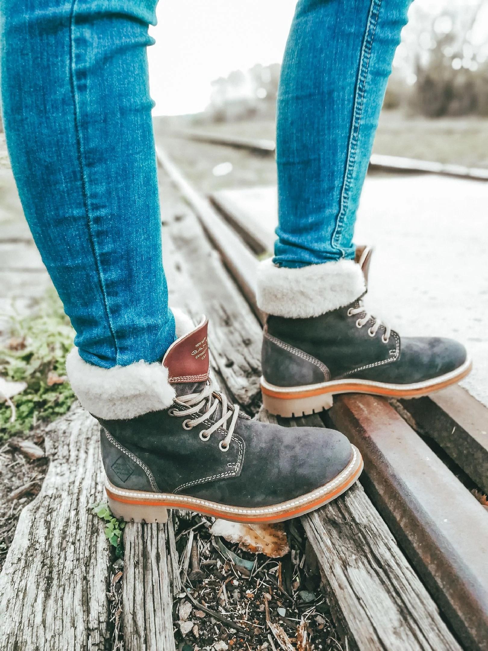 Mivo shoes