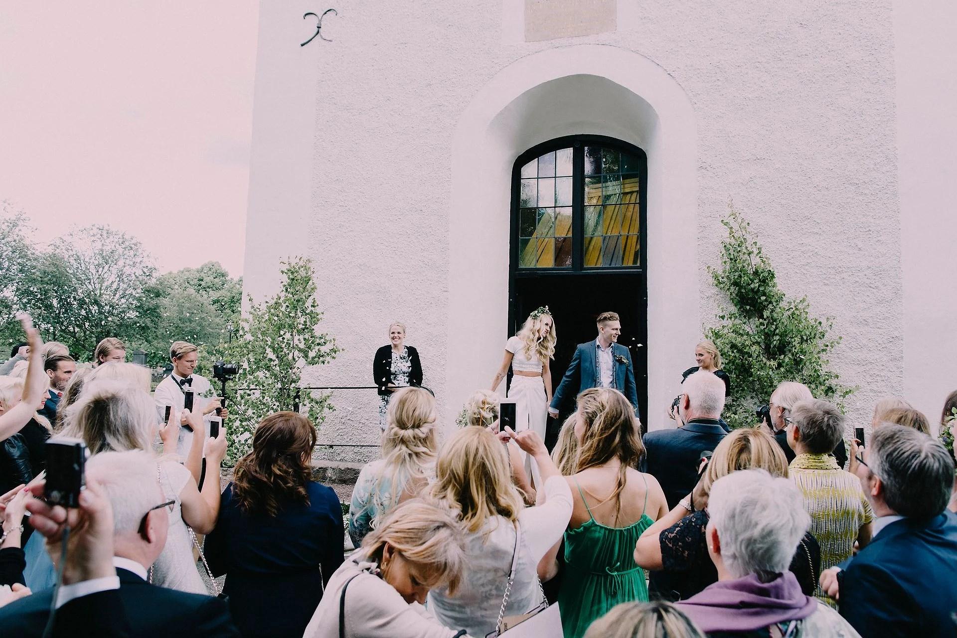 7926369bdb4d Men det är liksom alltid kul för folk som inte är på bröllopet att stalka  bilder, och då är en tydlig hashtag superbra!