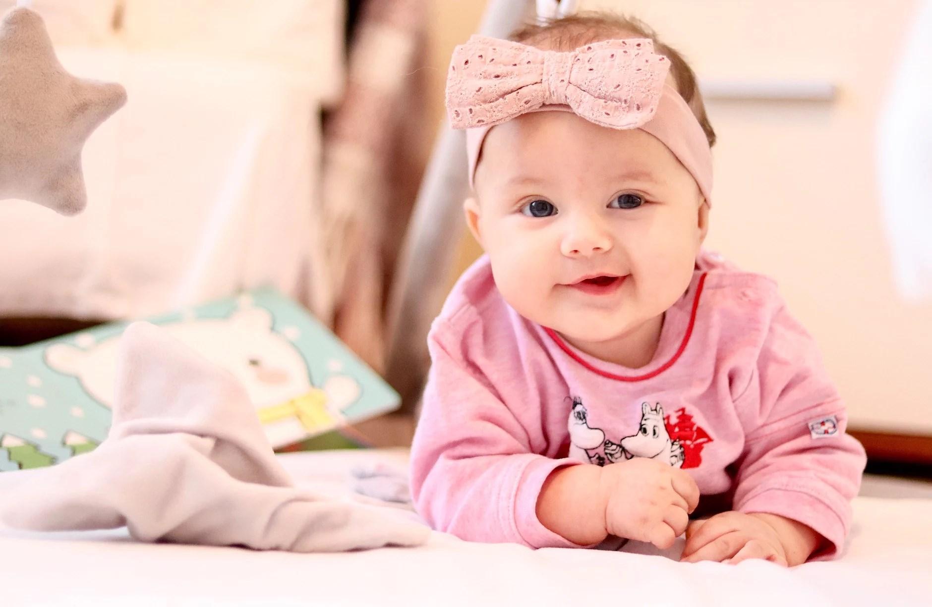 Vauvan 4 kk kuulumiset