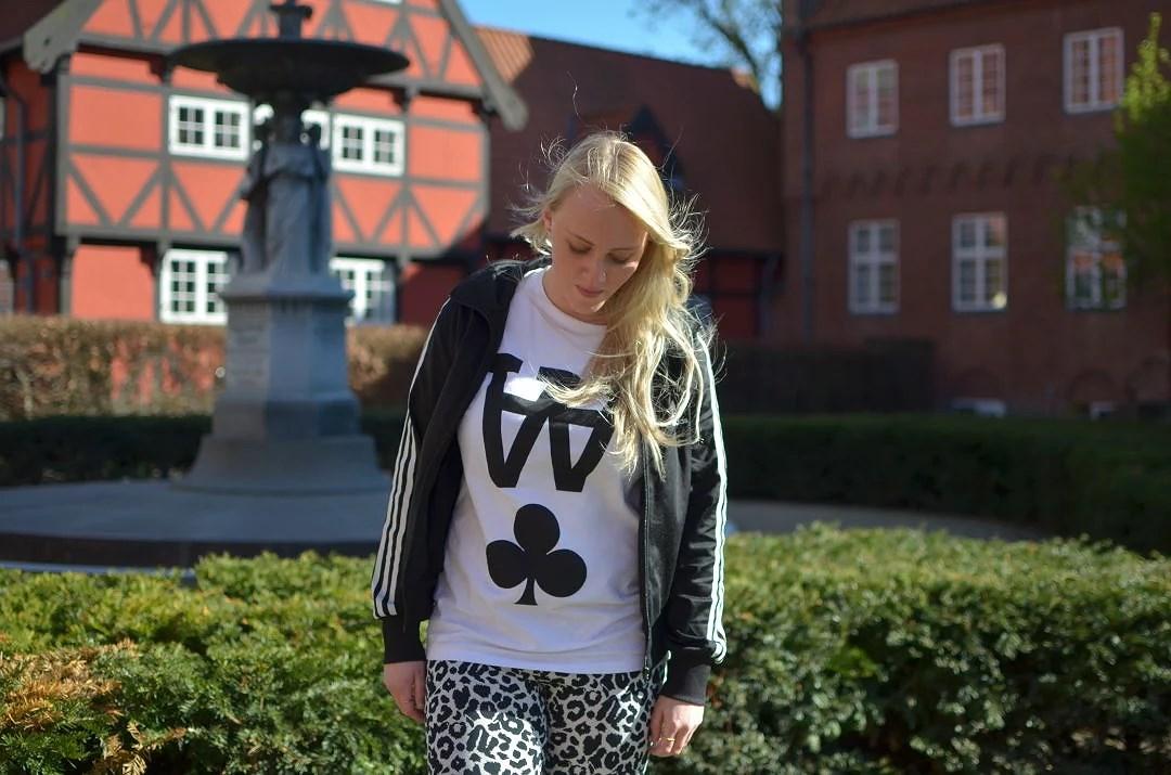 Dagens I Blæsevejr - Black'N'White