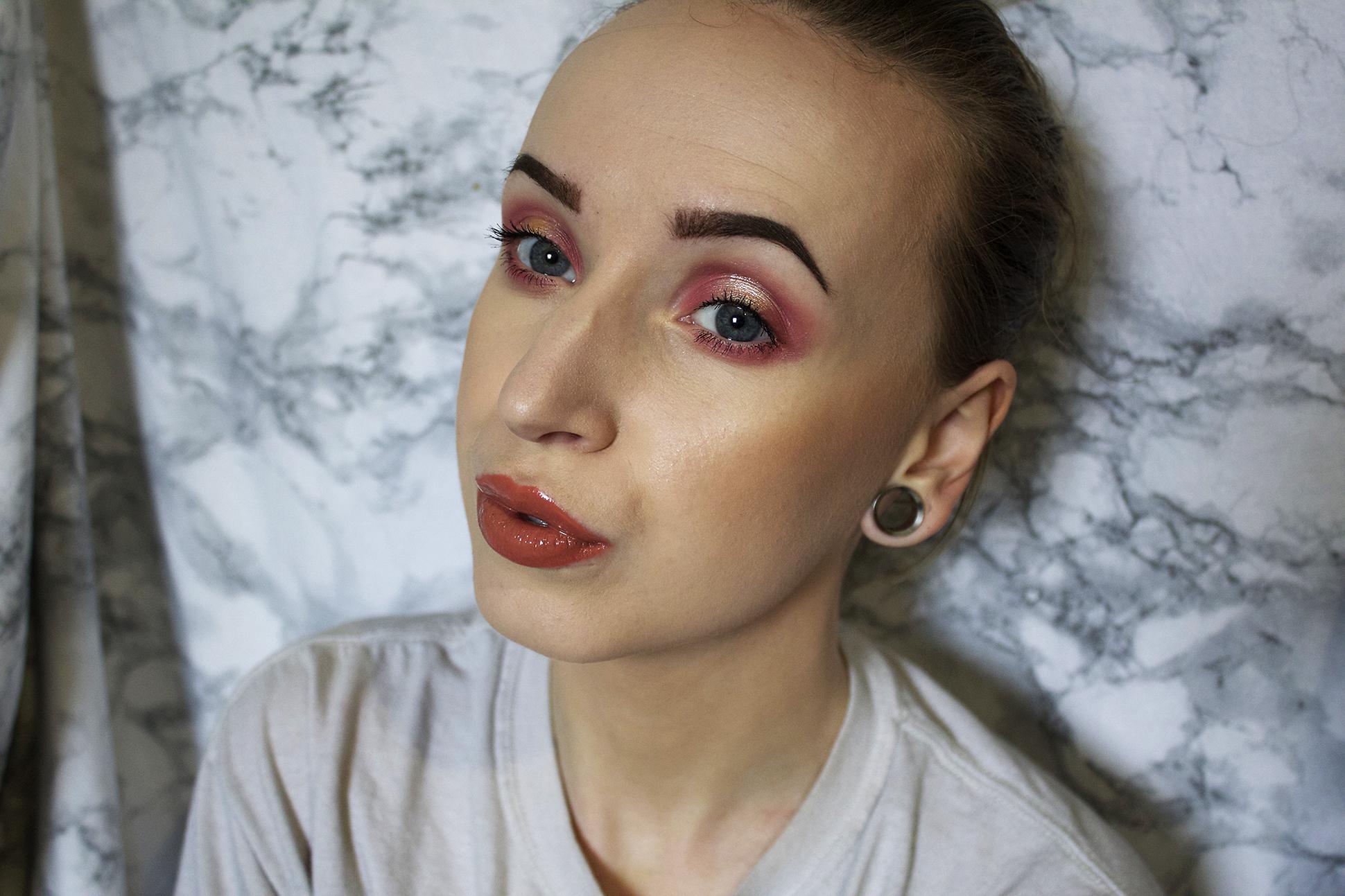 Makeup look: Halo eye