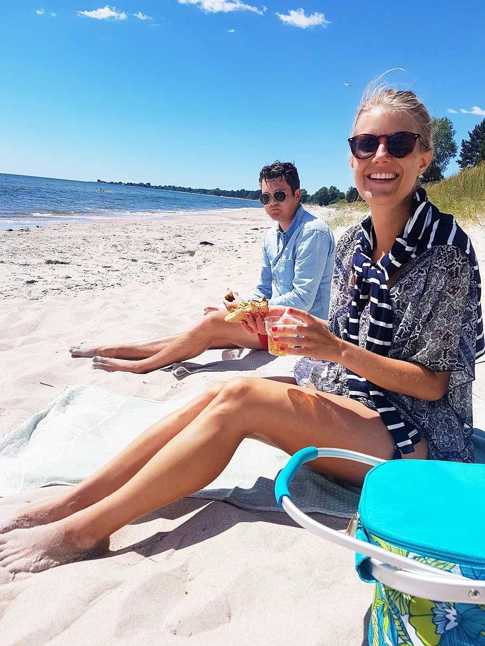 Sara och Ludvig på Mossbystrand i Juni 2018