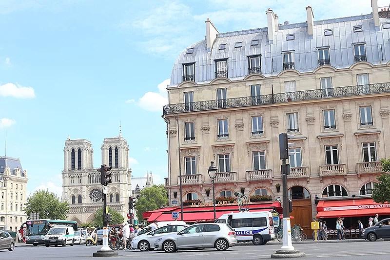 krist.in paris reise travel eiffeltårnet notre dame