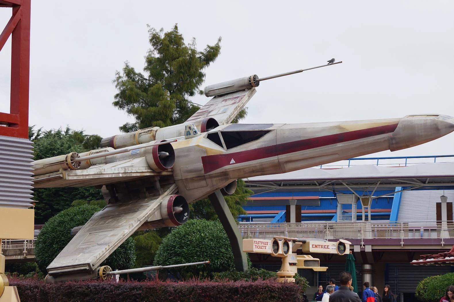 Höjdrestriktioner för attraktioner på Disneyland Paris