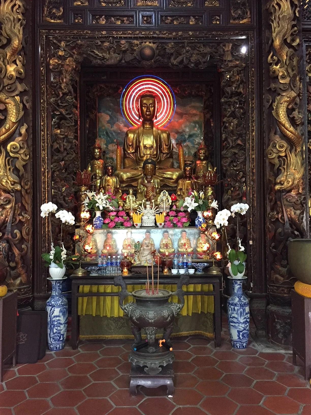templos de vietnam