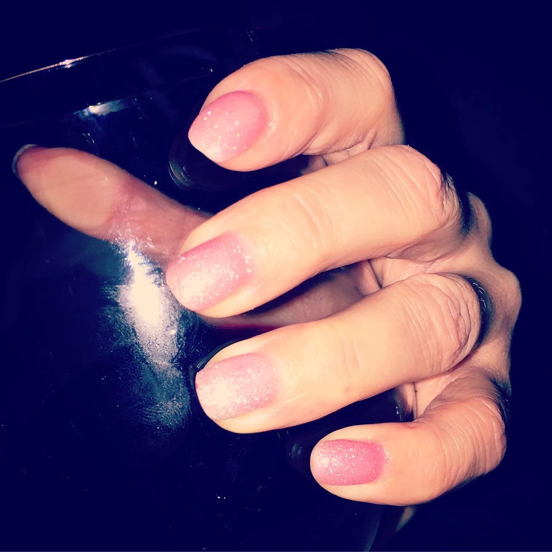 Saknar mina långa naglar!