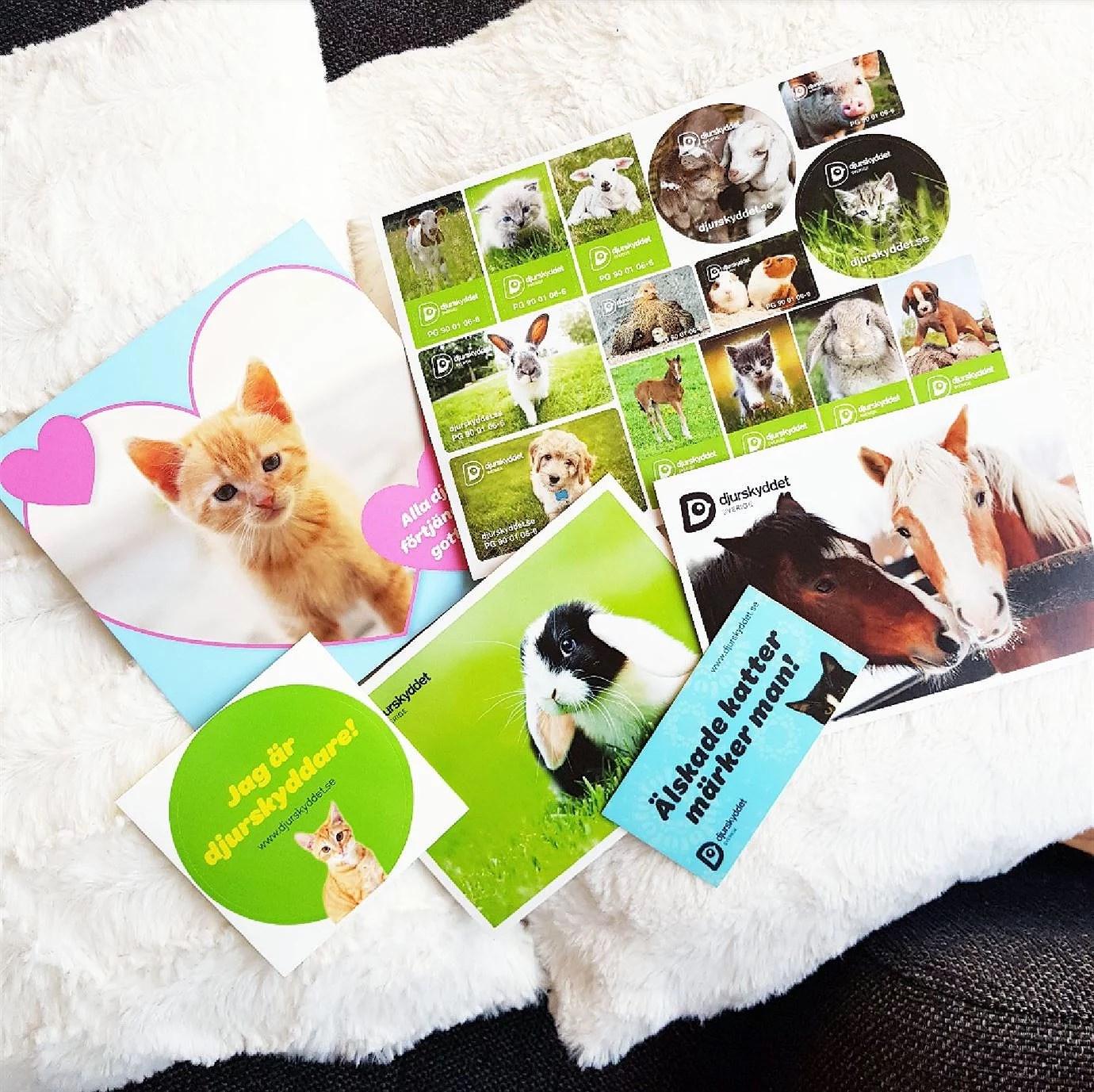 Gratis klistermärken från Djurskyddet