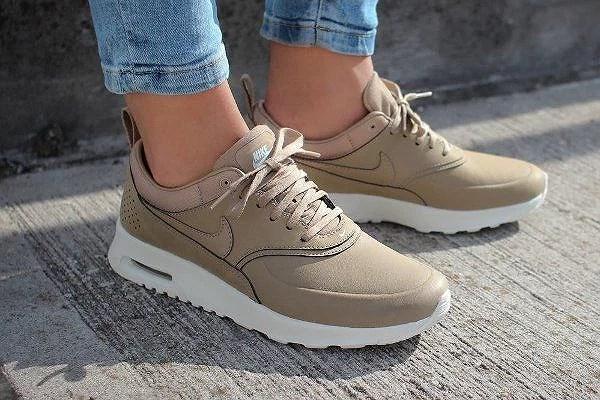 Nike Air Max Thea Beige