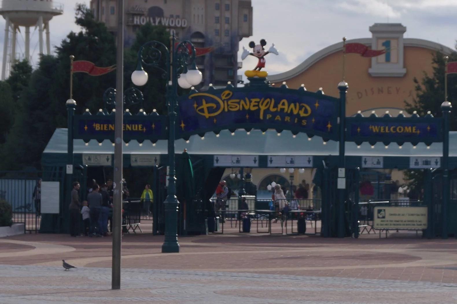 recension av säkerheten på Disneyland Paris av en läsare