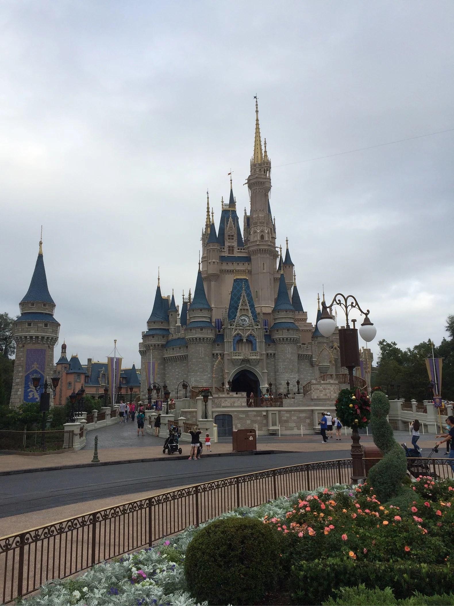 Hurricane Irma förväntas slå till i Florida idag, och Orlando på söndag