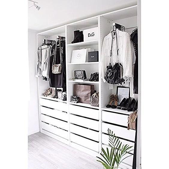 garderob inspo viccan. Black Bedroom Furniture Sets. Home Design Ideas