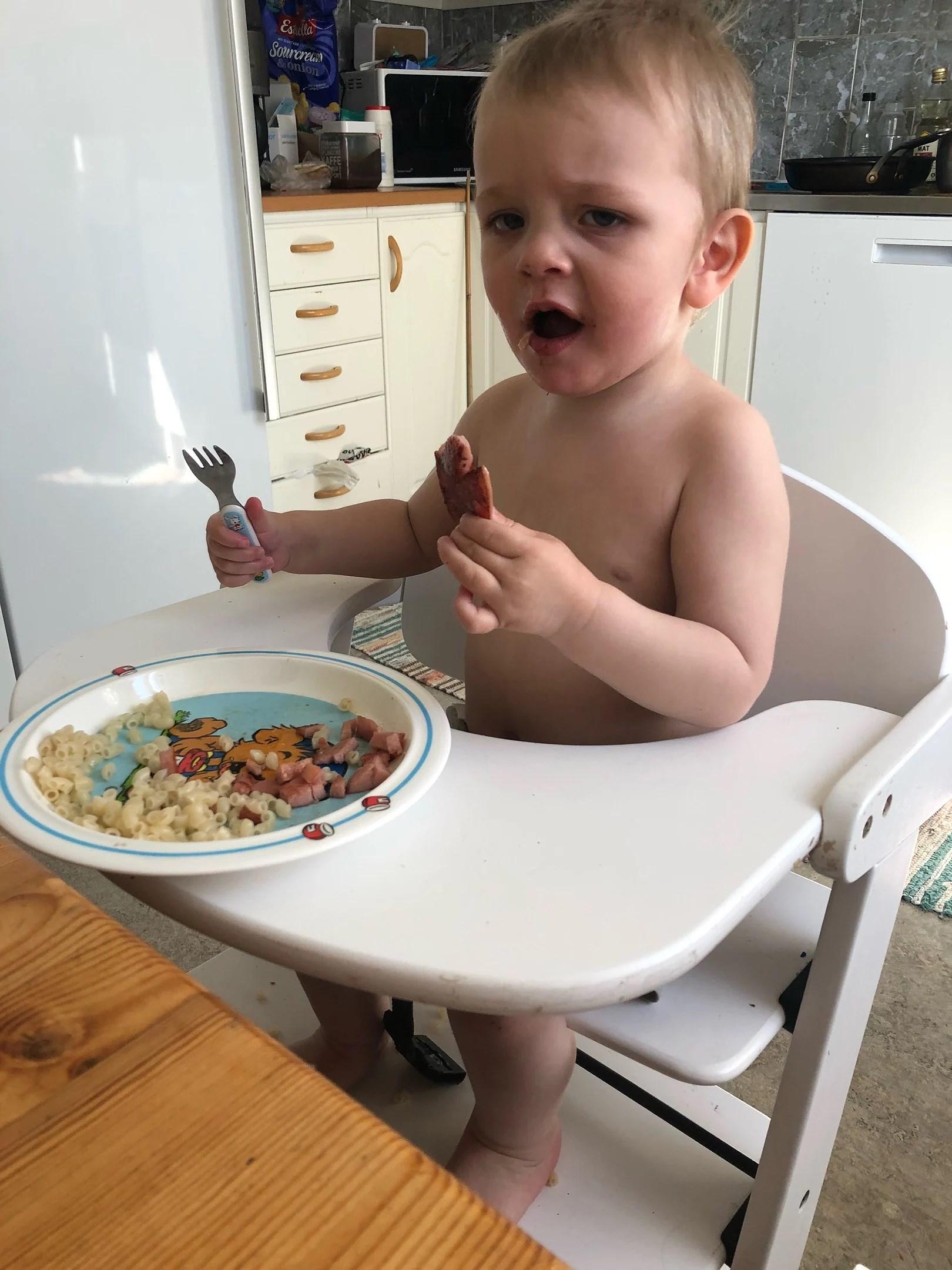 Fota ditt/dina barn när dom äter