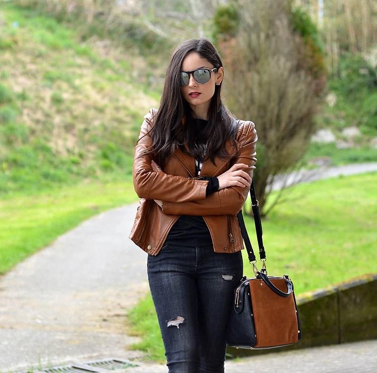 Zara_ootd_outfit_sheinside_leather_woke_up_like_heels_jeans_03