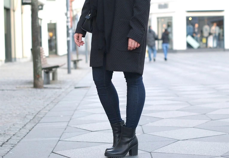 Sofie Schnoor, Modeblogger i Aalborg, Aalborg modeblog, Aalborg blogger, Nordjysk blogger, Julie Mænnchen, It's My Passions, Fransa, Fransa frakke, Michael Kors taske,