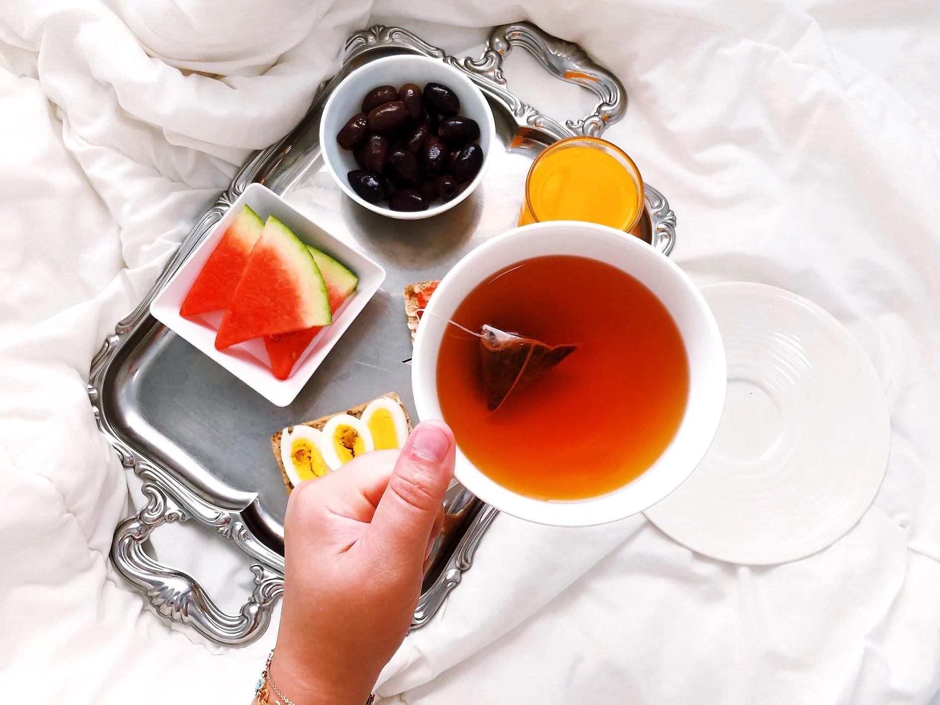 Brekkie in bed