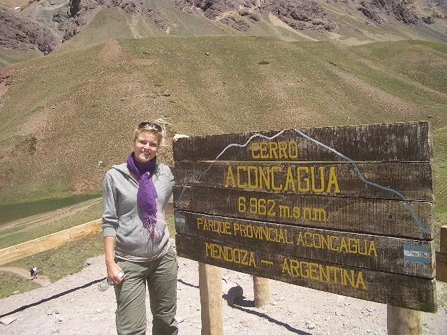 Vandrede  bjerge i argentina....og red over bjergene til hest, men det er en anden historie.