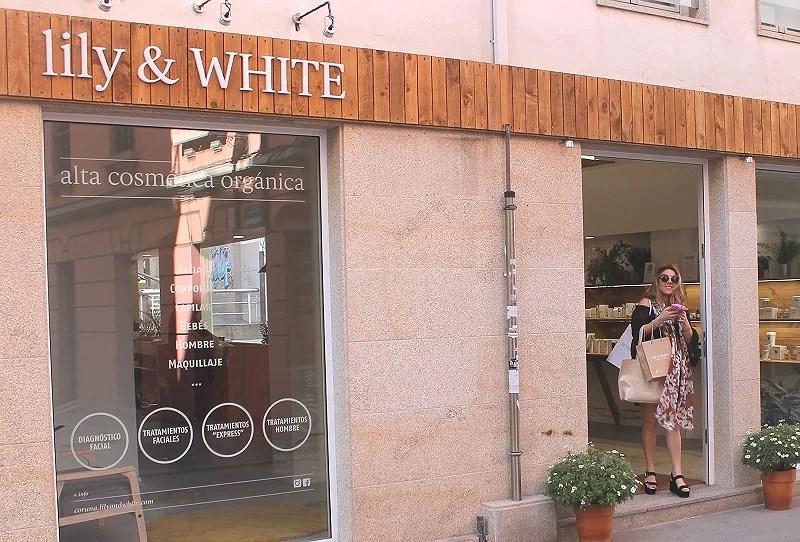 Lily and White. Coruña