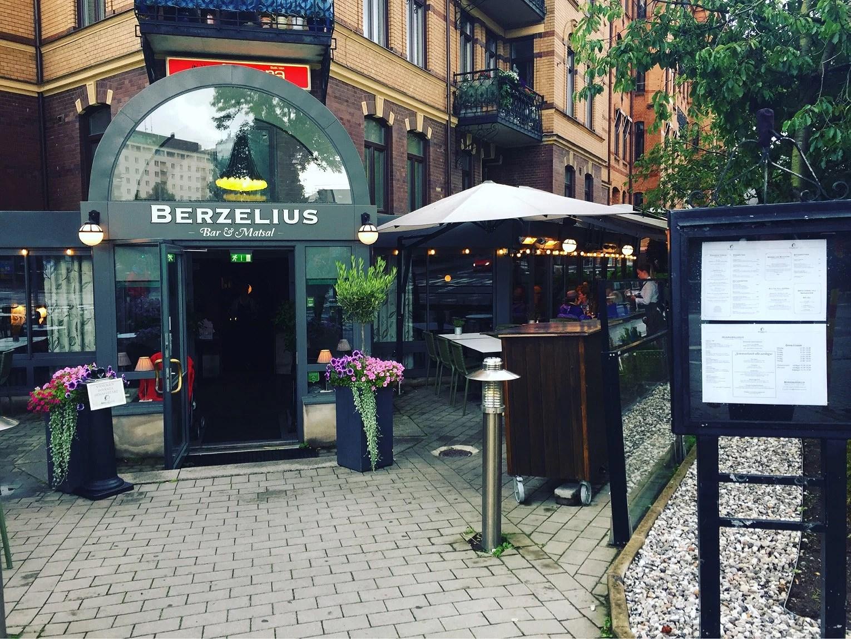 Berzelius w/ babe