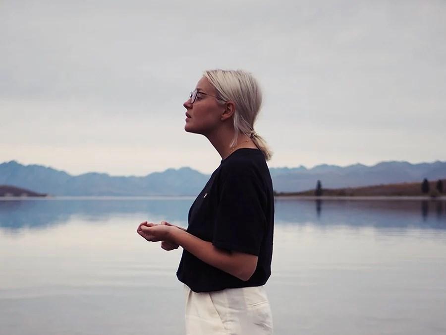 VAATEKAAPISTANI PUUTTUU YLÄOSAT