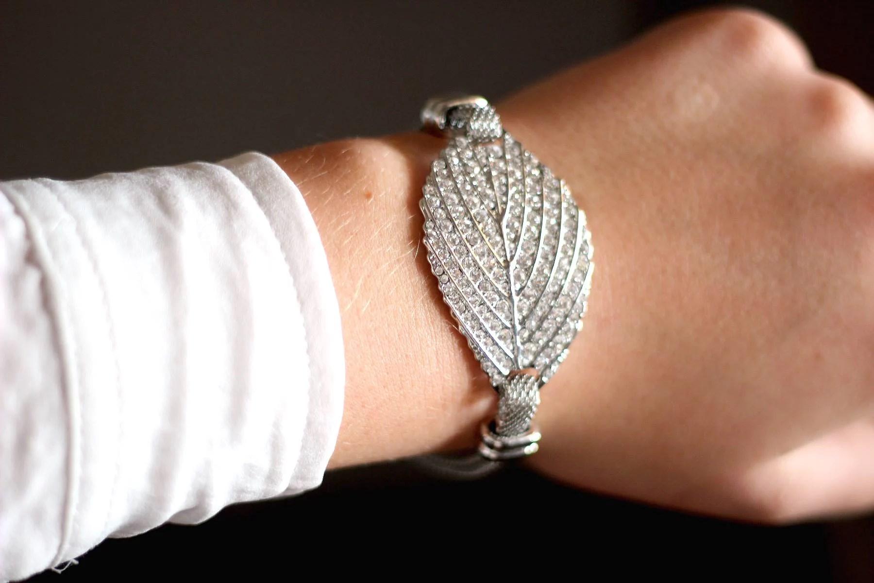 Silver leaf X stones