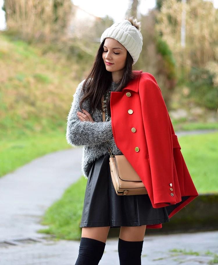 zara_beanie_ootd_red-coat_sheinside_botines_falda-cuero_10