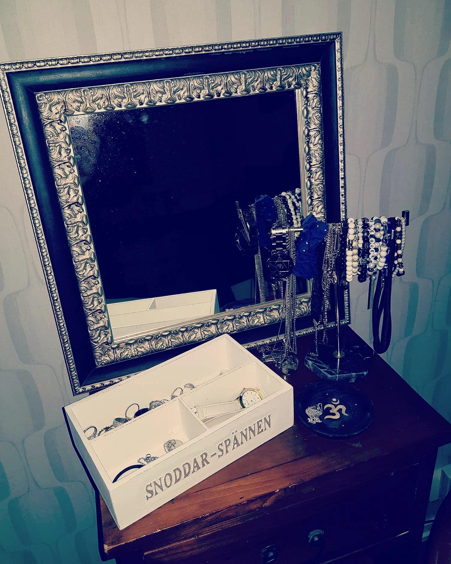 BGA Fotobutik har speglar för alla!