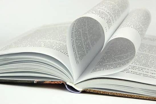 photodune-1473817-open-book-xs