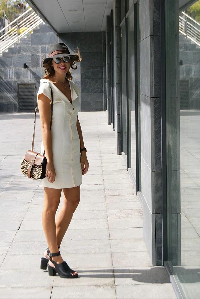 look vestido blanco
