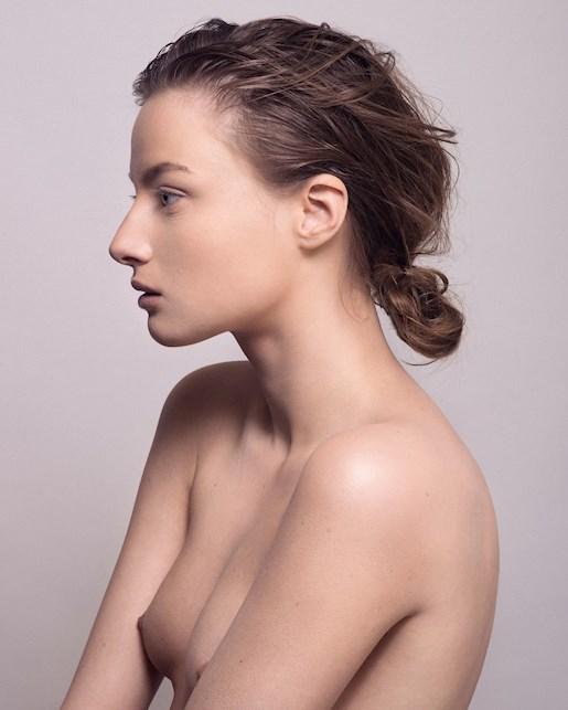profiler dansare små bröst