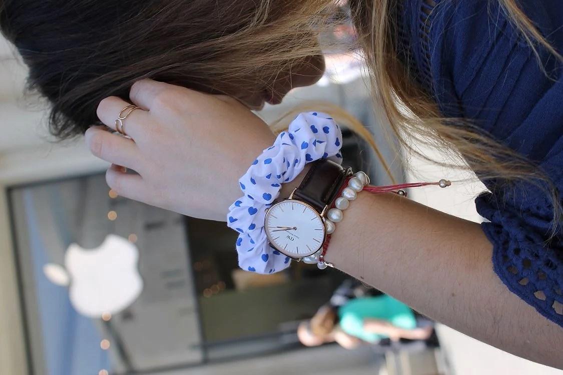 Combina tu coletero favorito junto a tu reloj. Una tendencia en accesorios de lo más chic.