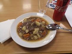 Billig middag, 100 kr for elghakk, kaffe..