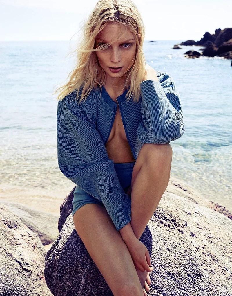 Melissa-Tammerijn-by-Xavi-Gordo-for-Elle-Russia-July-2014-12
