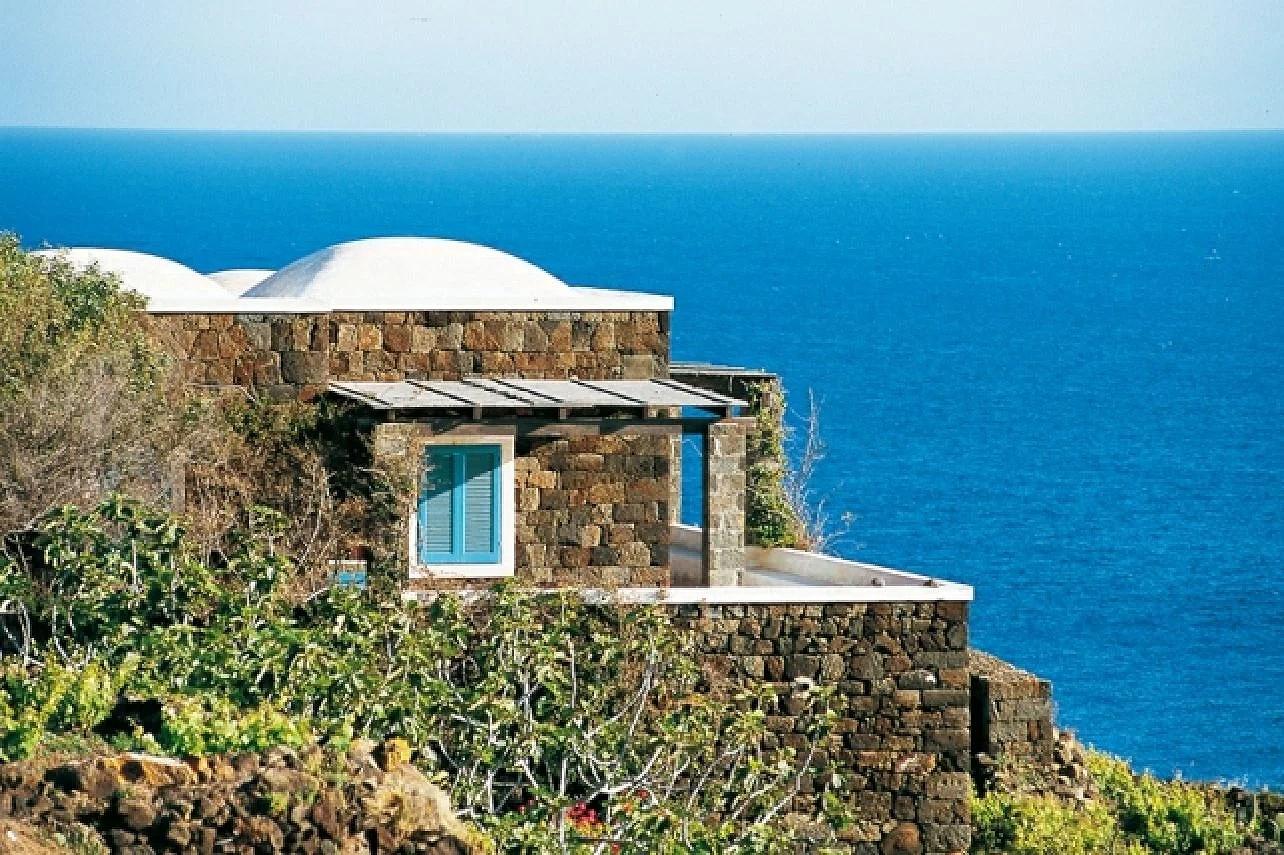 Isola di Pantelleria in Sicilia, Pantelleria ön i Sicilien